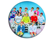 WANNA ONE Badge