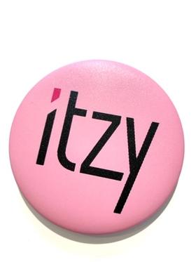 ITZY  Badge