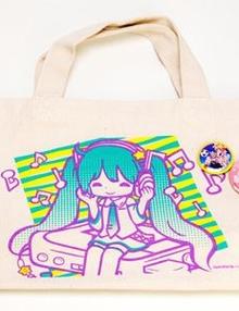 Hatsune Miku totae bag with 2 badges