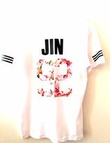 BTS Tshirt - JIN  at the back  (VIT)