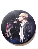 BTS BURN THE STAGE  Badge  - V