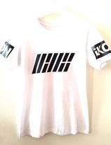 iKon Tshirt - Bobby at the back (VIT) - M